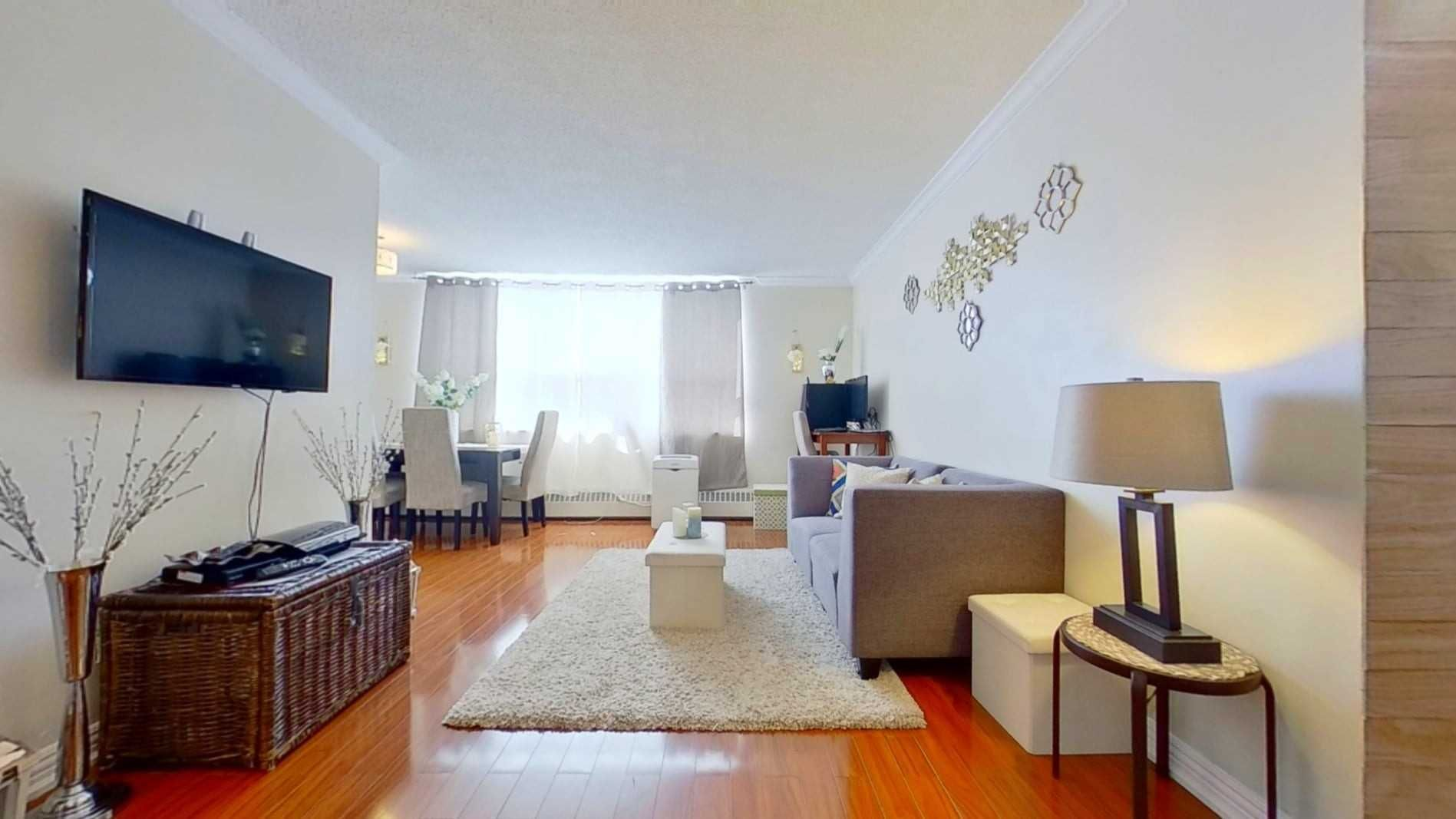 5 Parkway Forest Dr, unit 1004 for sale in Toronto - image #1