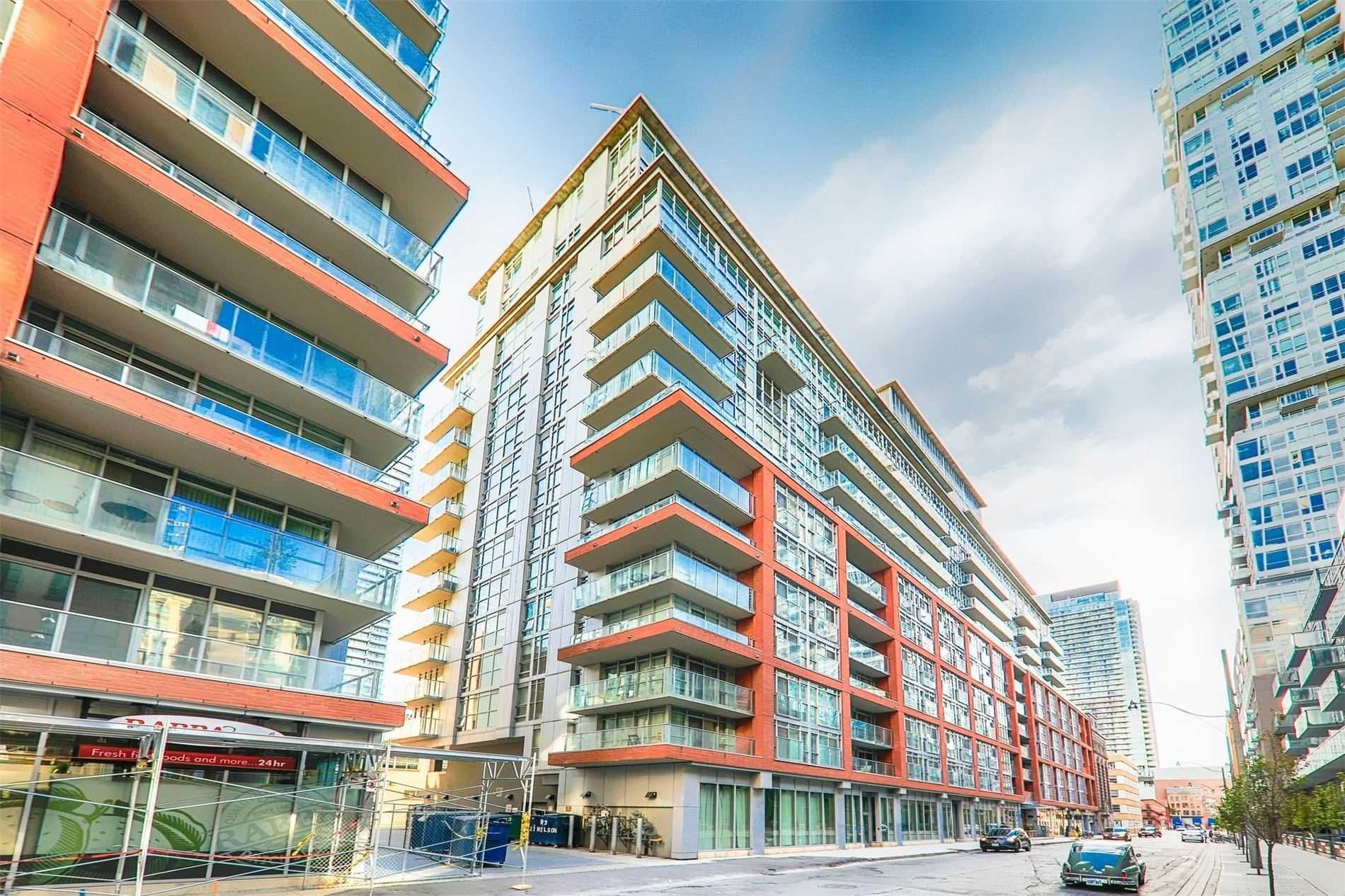 21 Nelson St, unit 407 for sale in Toronto - image #1