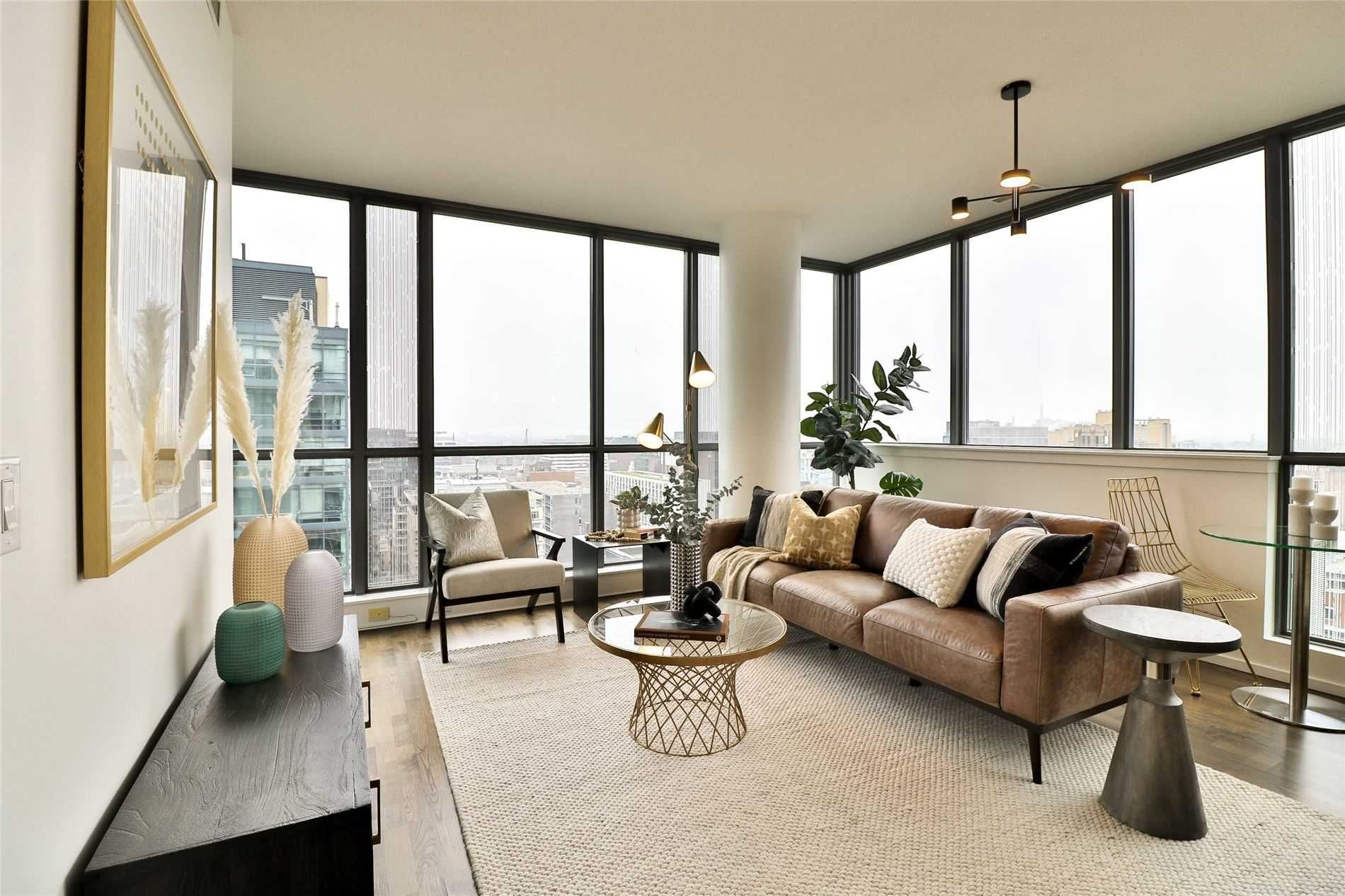 8 Charlotte St, unit 1802 for sale in Toronto - image #1