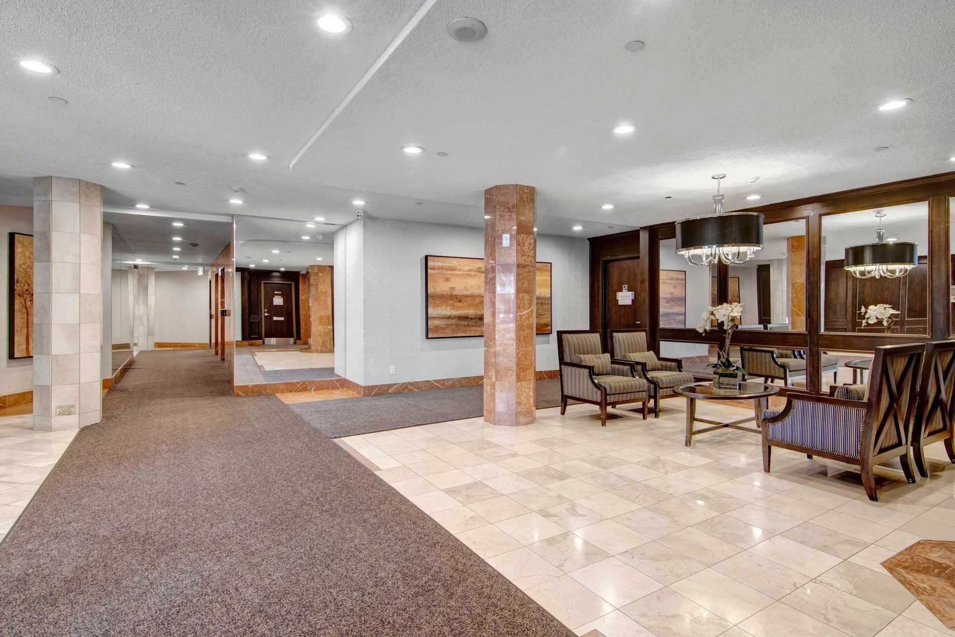 1101 Steeles Ave W, unit 502 for sale in Toronto - image #2
