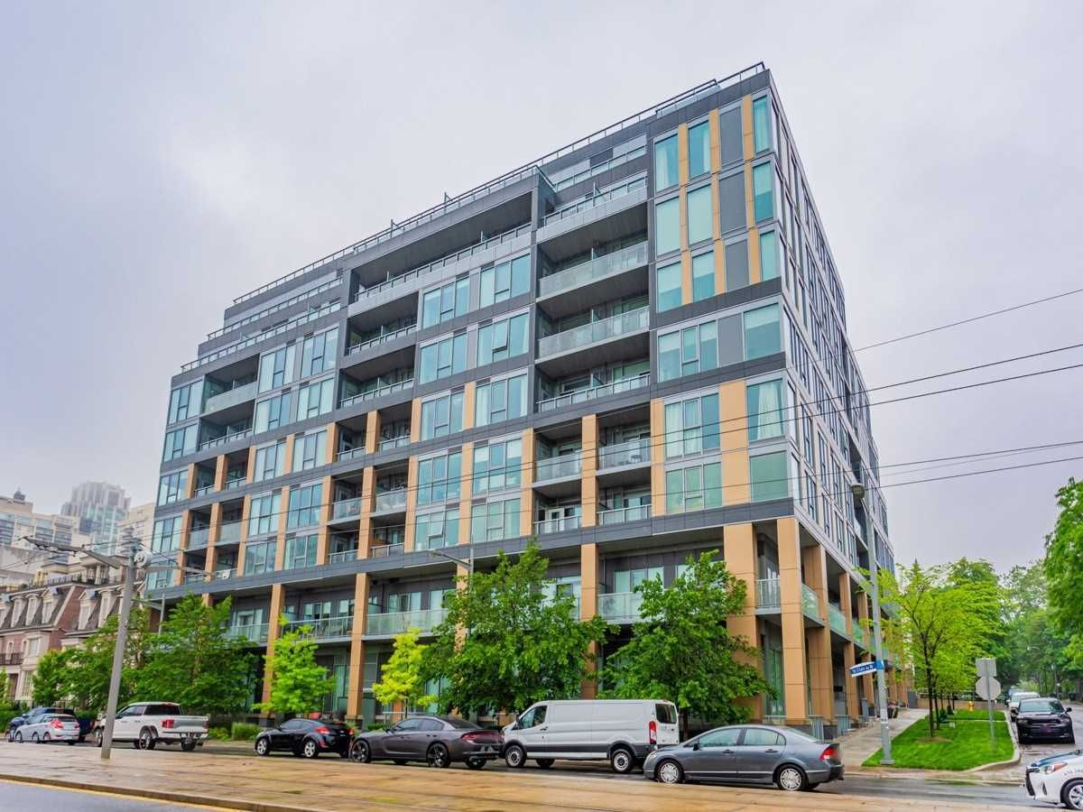 6 Parkwood Ave, unit Th102 for sale in Toronto - image #1