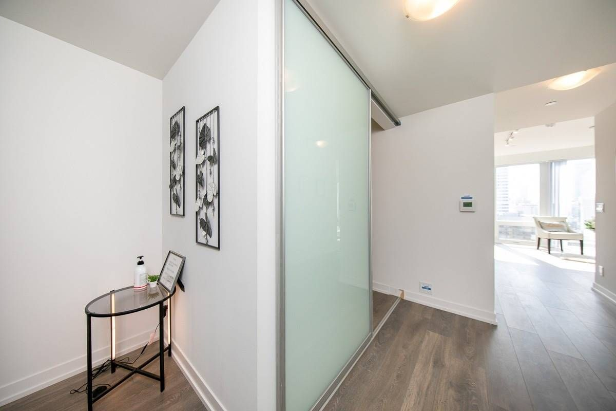 60 Shuter St, unit Ph108 for sale in Toronto - image #2