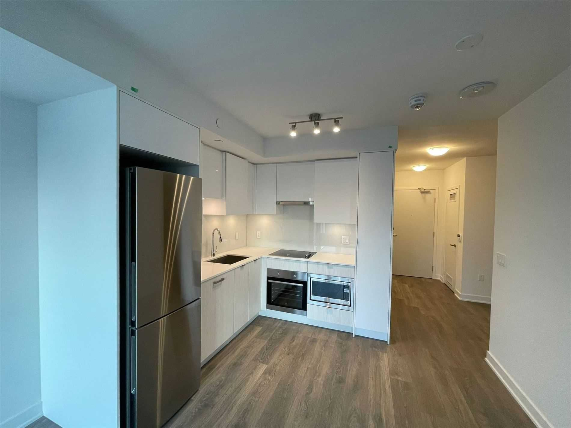 99 Broadway Ave, unit 1902 Nt for rent in Toronto - image #1