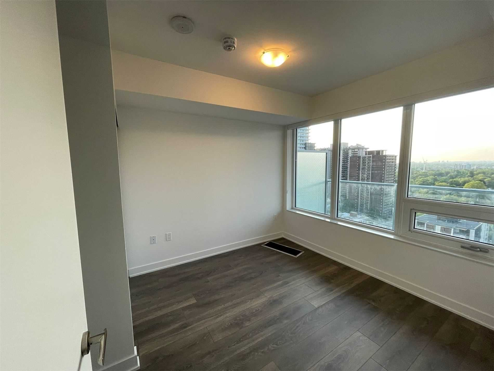 99 Broadway Ave, unit 1902 Nt for rent in Toronto - image #2