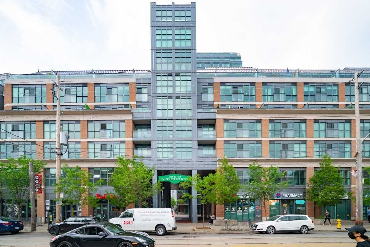 1171 Queen St W, unit 302 for sale in Toronto - image #1