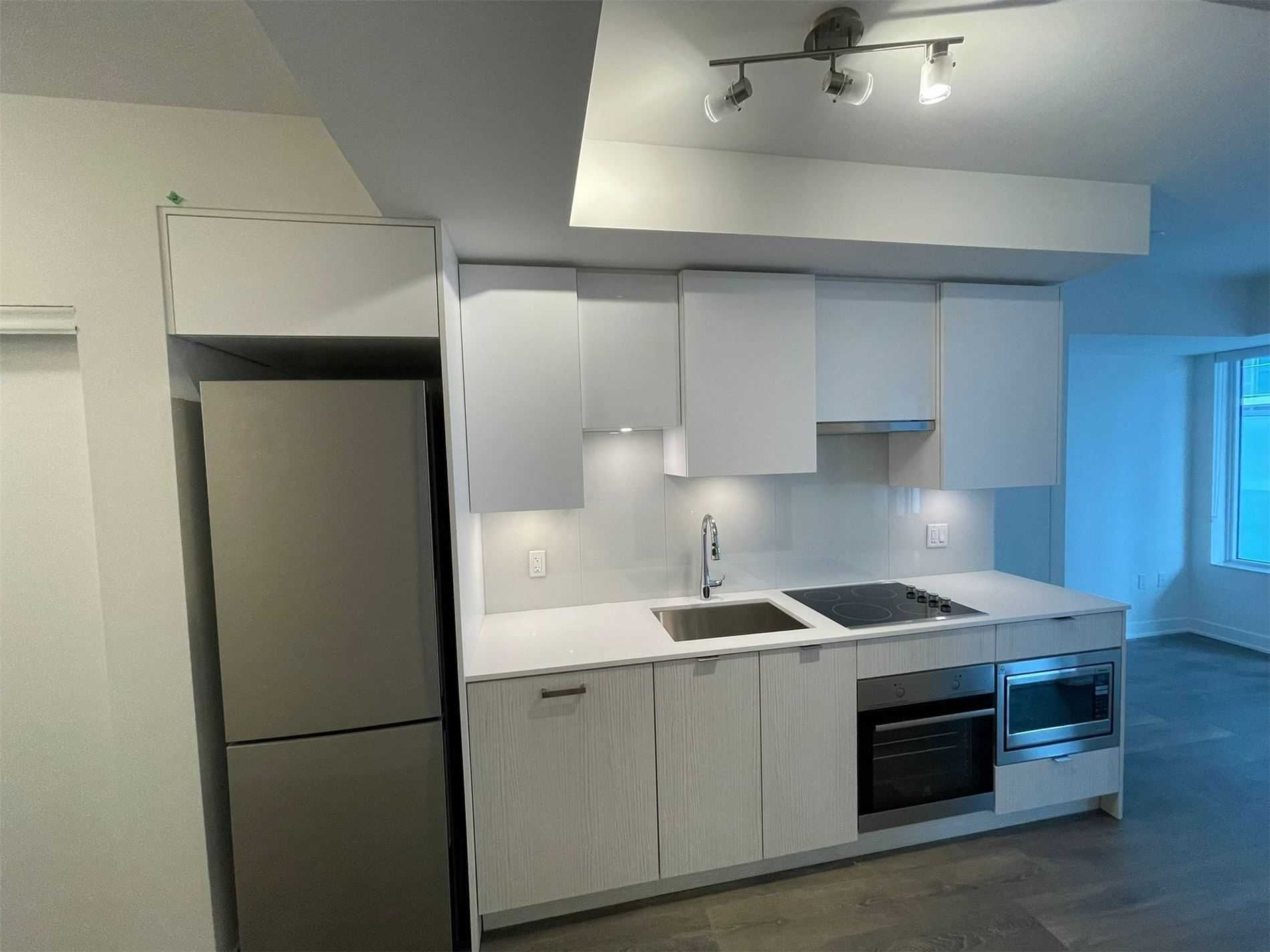 99 Broadway Ave, unit 1908 Nt for rent in Toronto - image #1