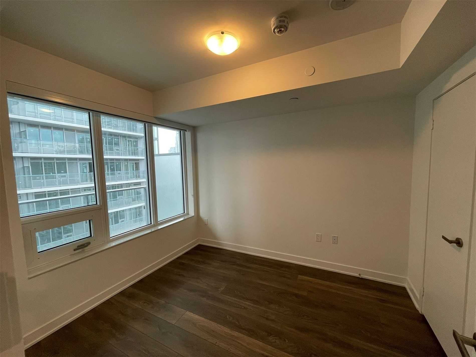 99 Broadway Ave, unit 1908 Nt for rent in Toronto - image #2