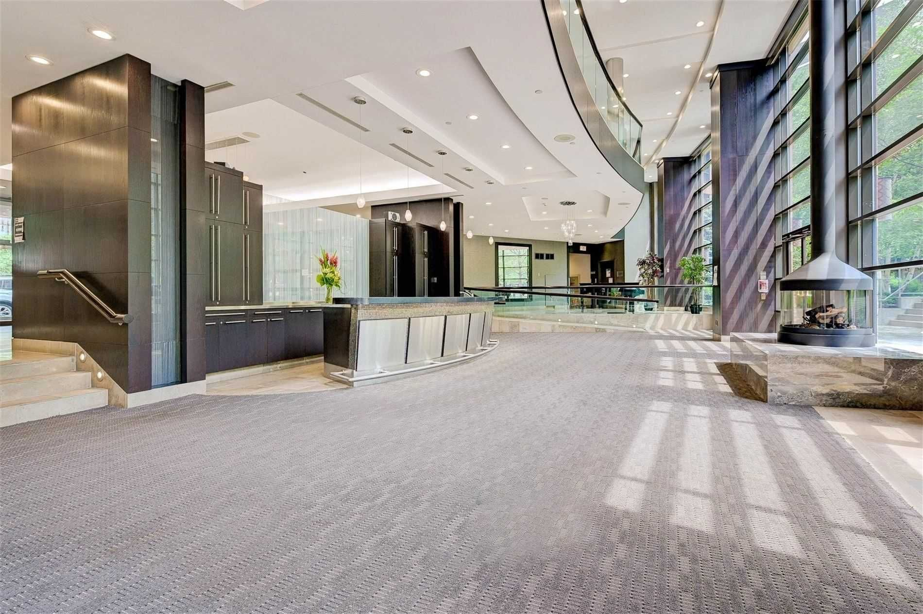 23 Sheppard Ave E, unit 801 for sale in Toronto - image #2