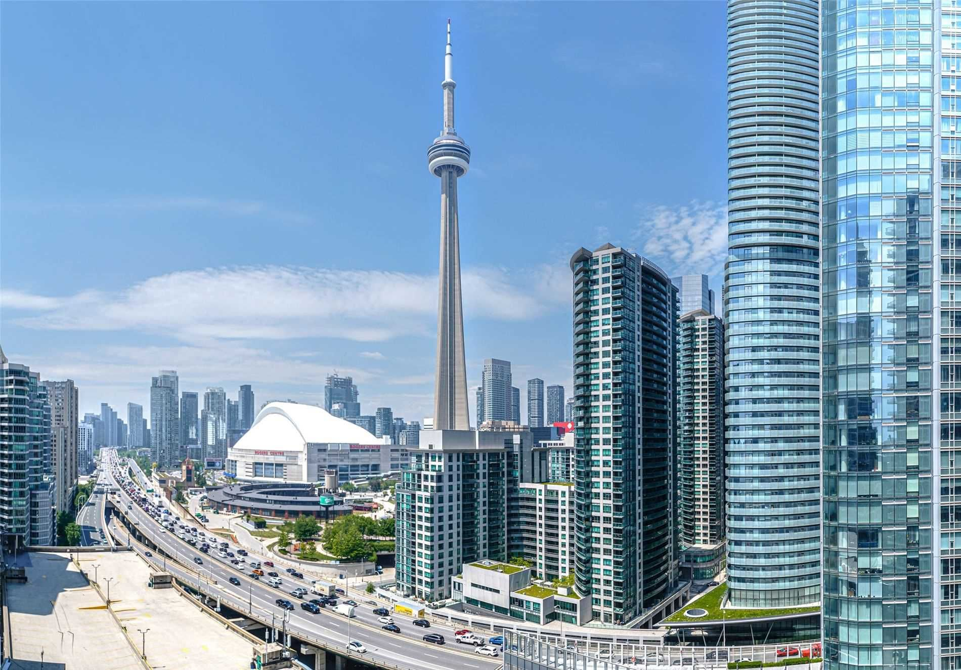 8 York St, unit 1912 for sale in Toronto - image #1