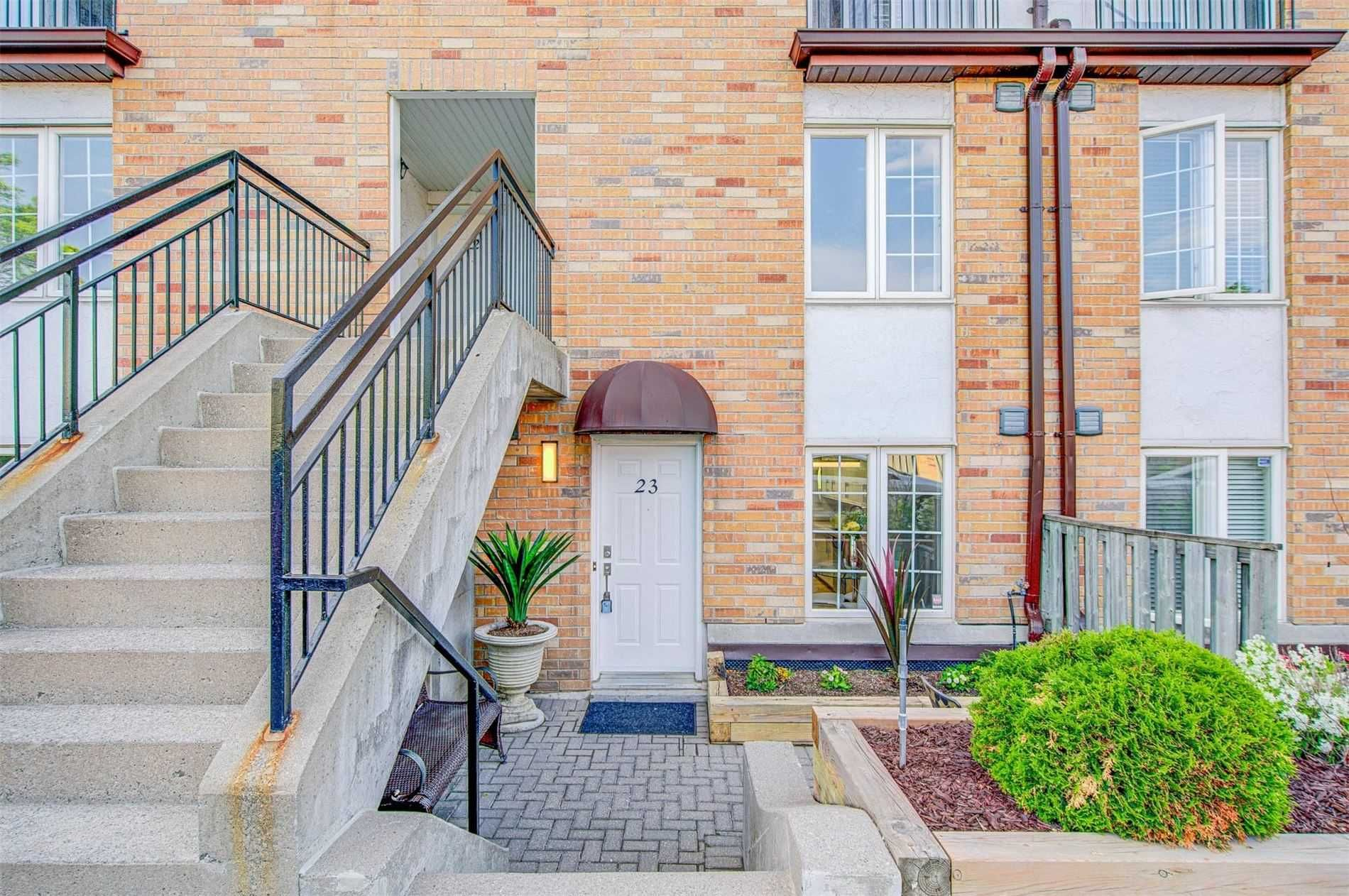 988 Sheppard Ave W, unit 23 for sale in Toronto - image #2