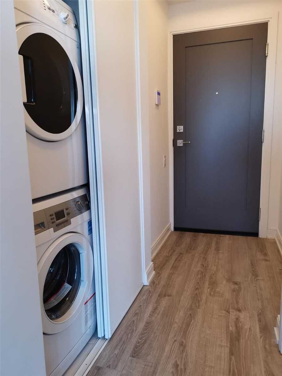 42 Charles St E, unit 3108 for rent in Toronto - image #2