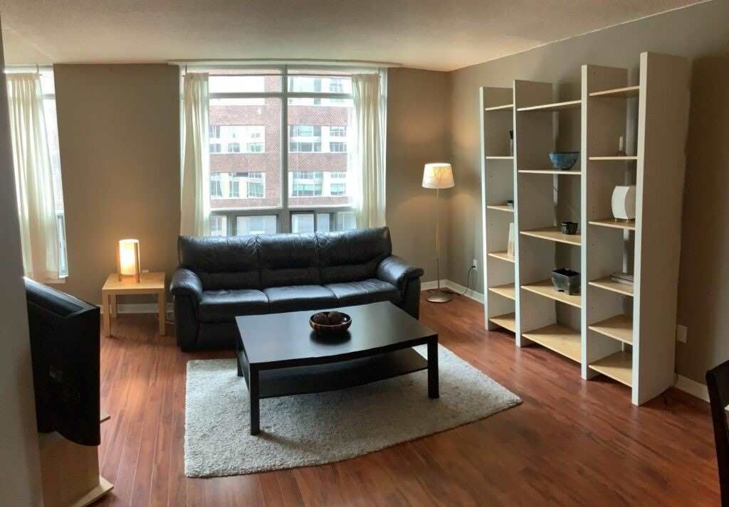 942 Yonge St, unit 1005 for rent in Toronto - image #1