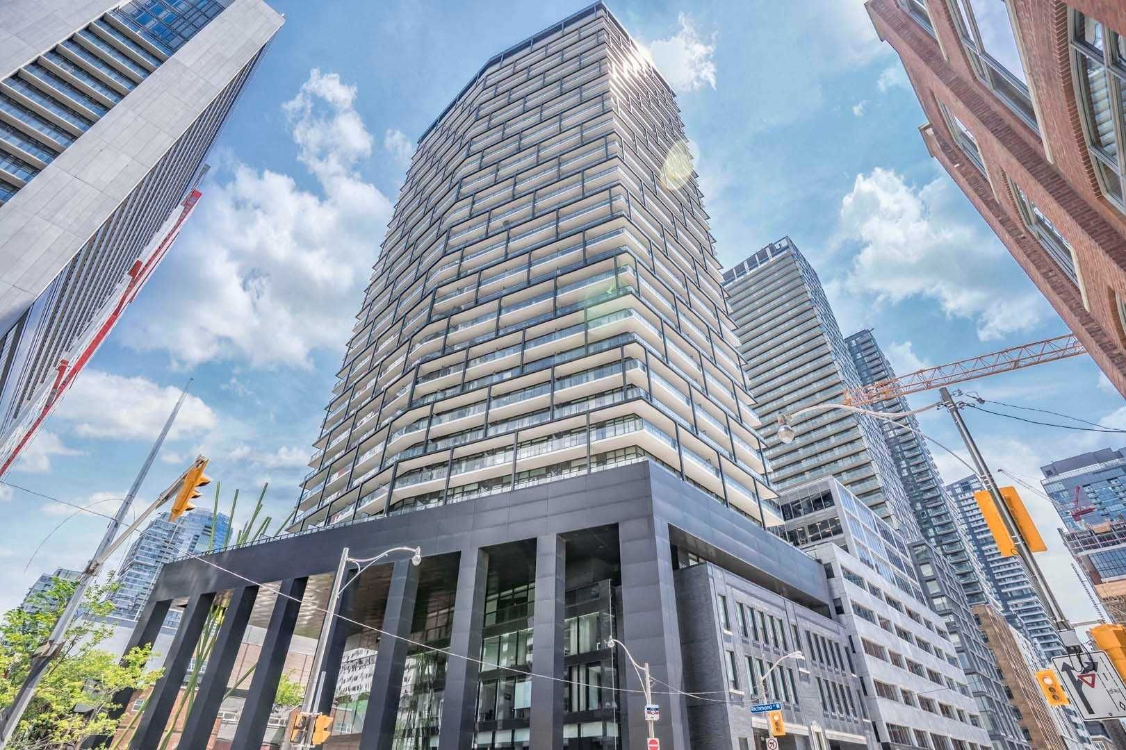 125 Peter St, unit 3312 for sale in Toronto - image #1