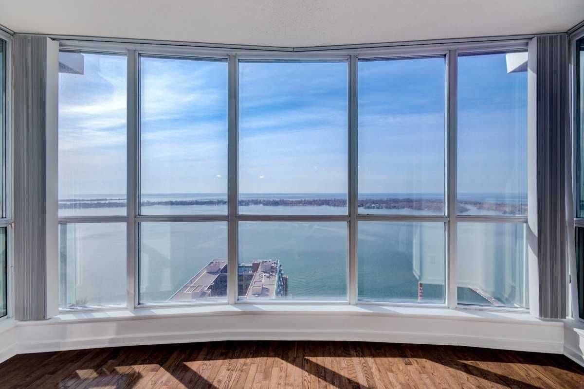 208 Queens Quay W, unit 3306 for rent in Toronto - image #2
