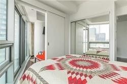 14 York St, unit 3611 for rent in Toronto - image #2