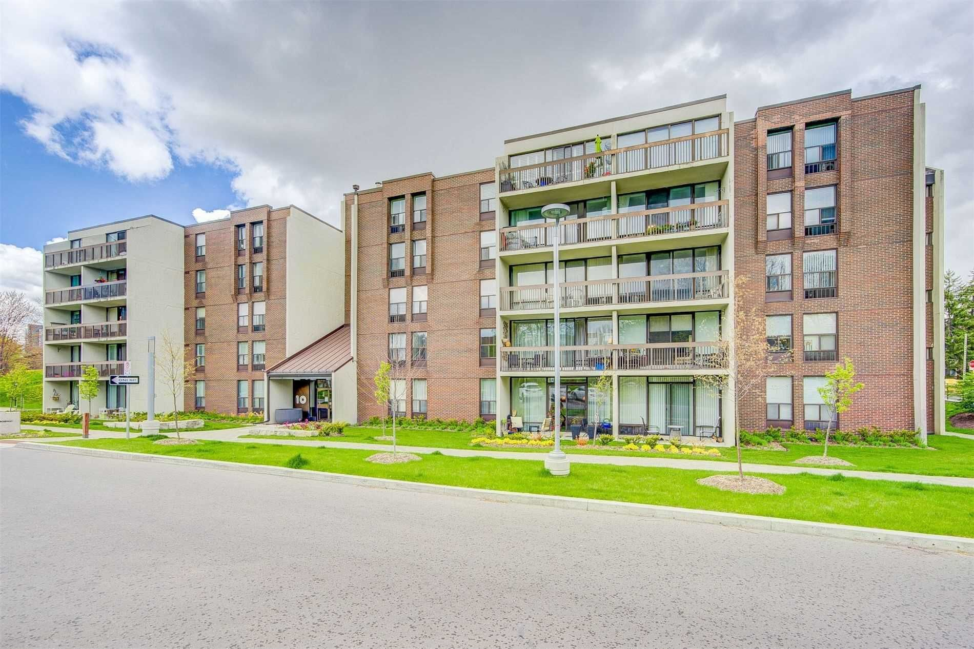 10 Fashion Roseway, unit 405 for sale in Toronto - image #2