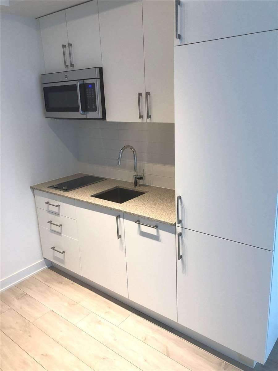 576 Front St W, unit 1112 for rent in Toronto - image #2