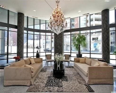 825 Church St, unit 718 for rent in Toronto - image #2