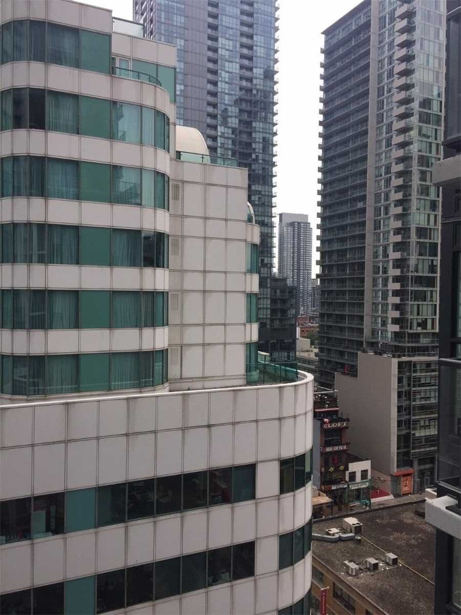 87 Peter St, unit 1301 for rent in Toronto - image #1