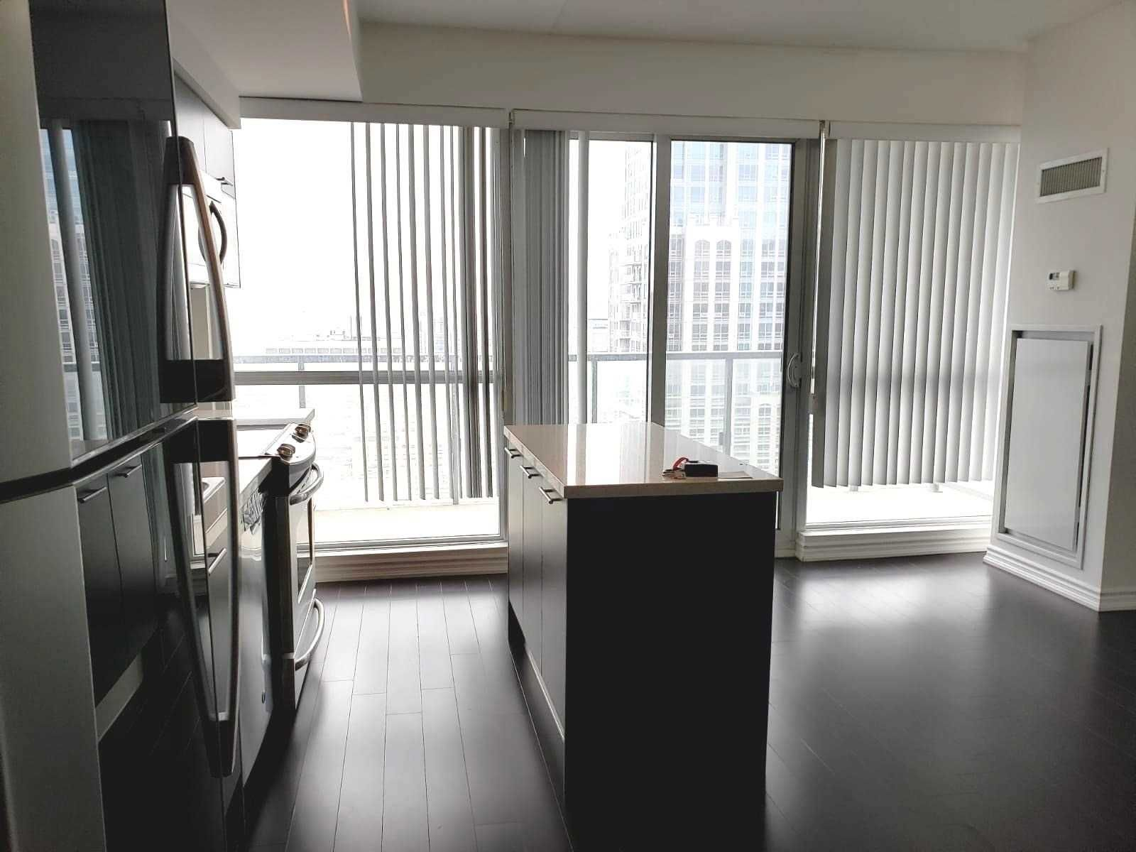 386 Yonge St, unit 3314 for rent in Toronto - image #2