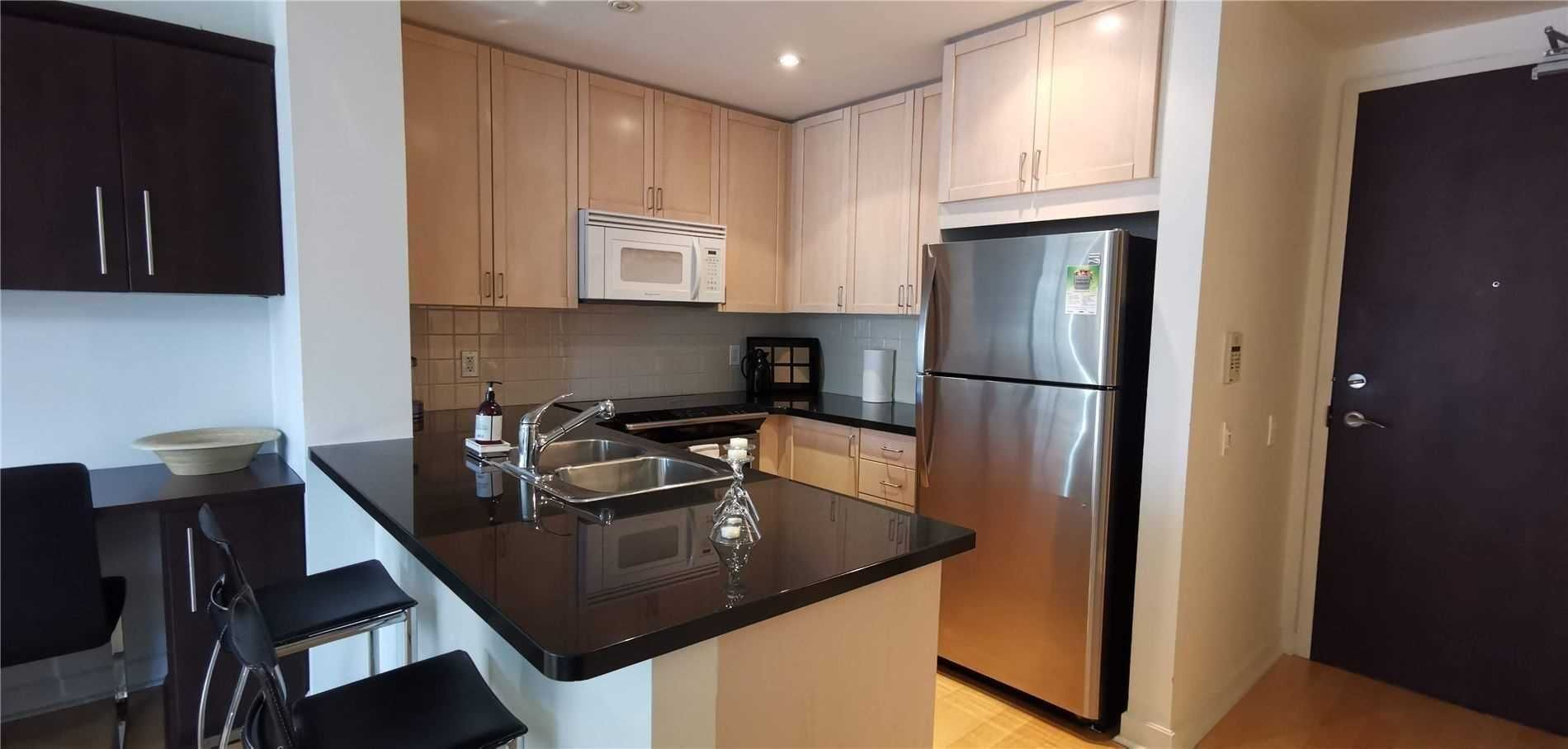 85 Bloor St E, unit 1212 for rent in Toronto - image #1