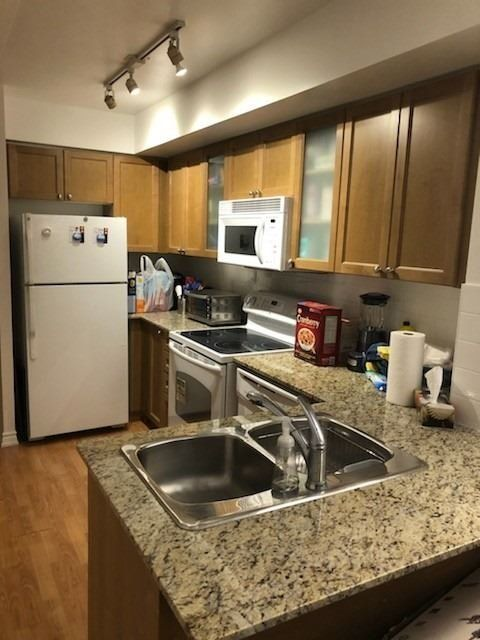 761 Bay St, unit 1504 for rent in Toronto - image #2