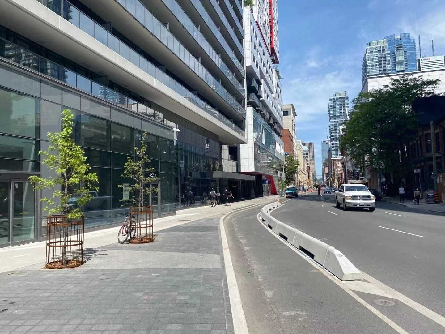 330 Richmond St W, unit 816 for rent in Toronto - image #1