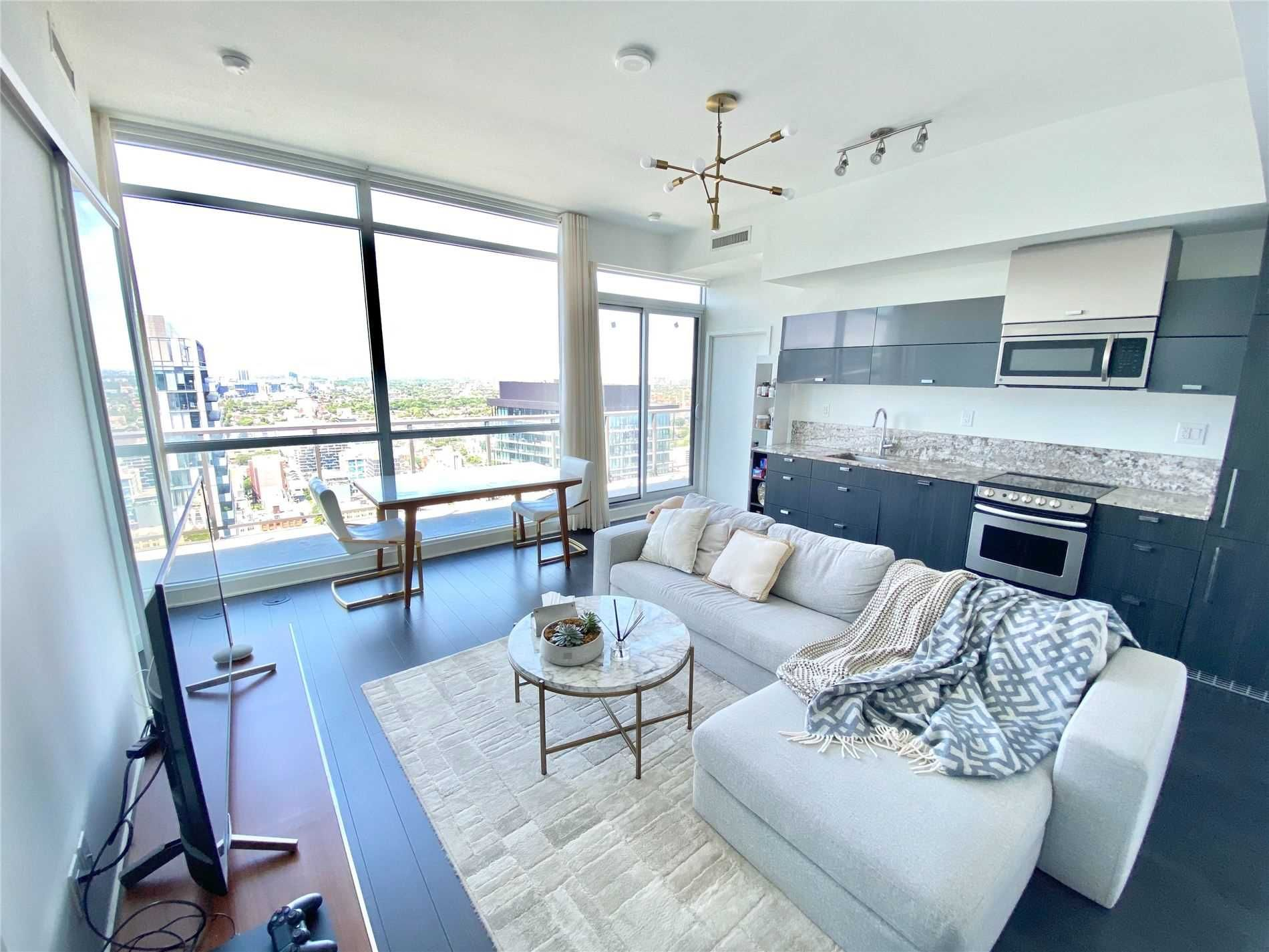 290 Adelaide St W, unit 4102 for rent in Toronto - image #2