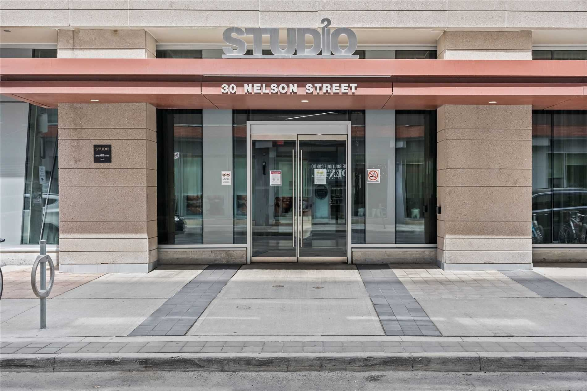 30 Nelson St, unit 515 for rent in Toronto - image #1
