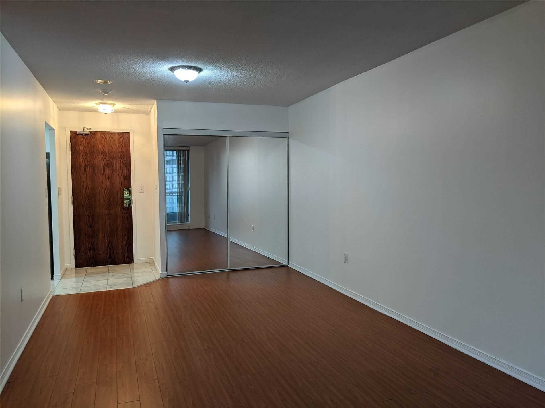 3 Pemberton Ave, unit 905 for rent in Toronto - image #1