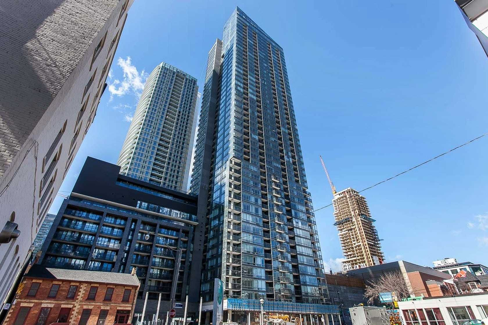 295 Adelaide St W, unit 1015 for rent in Toronto - image #1
