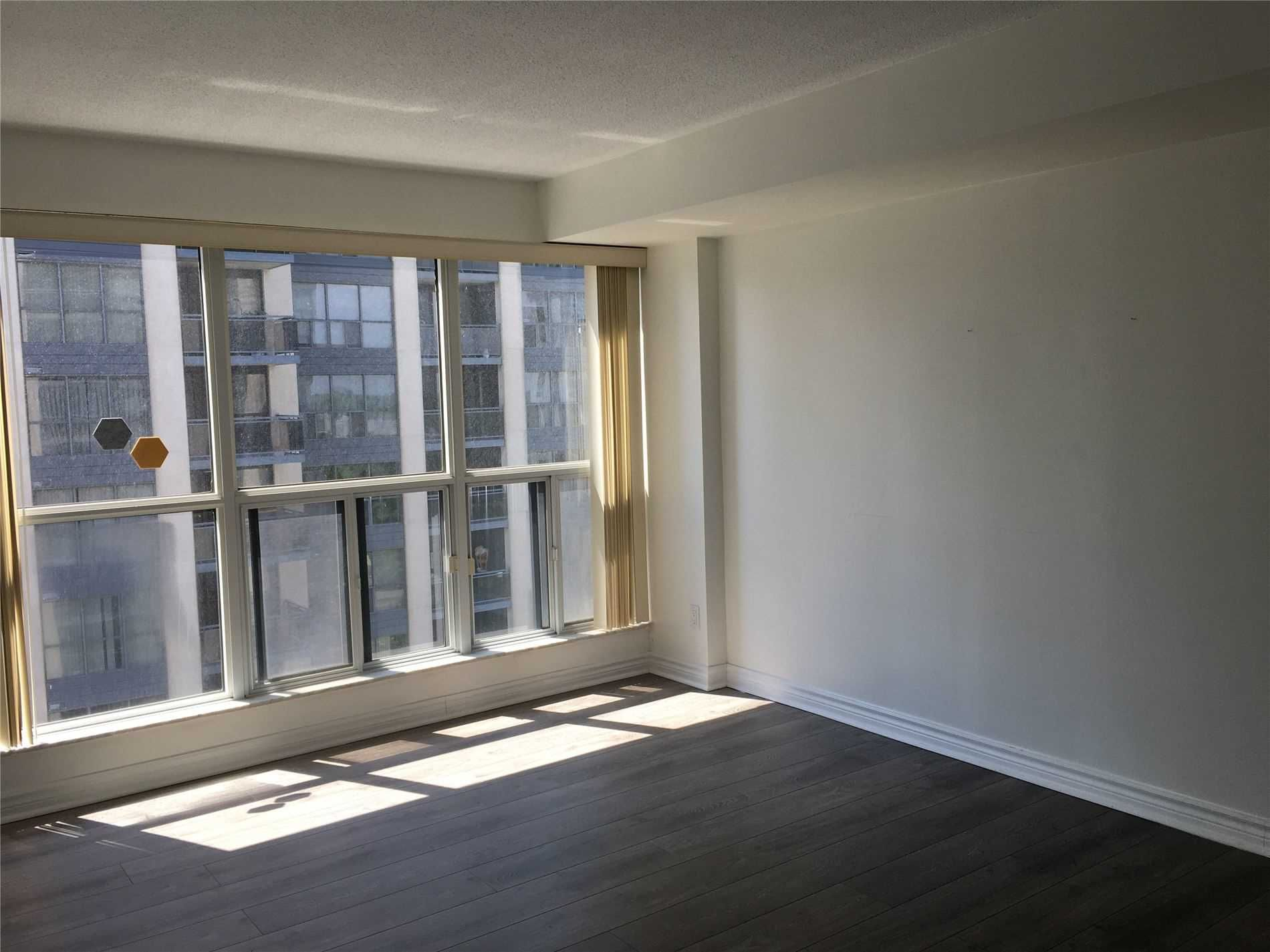 28 Hollywood Ave, unit 1109 for rent in Toronto - image #2
