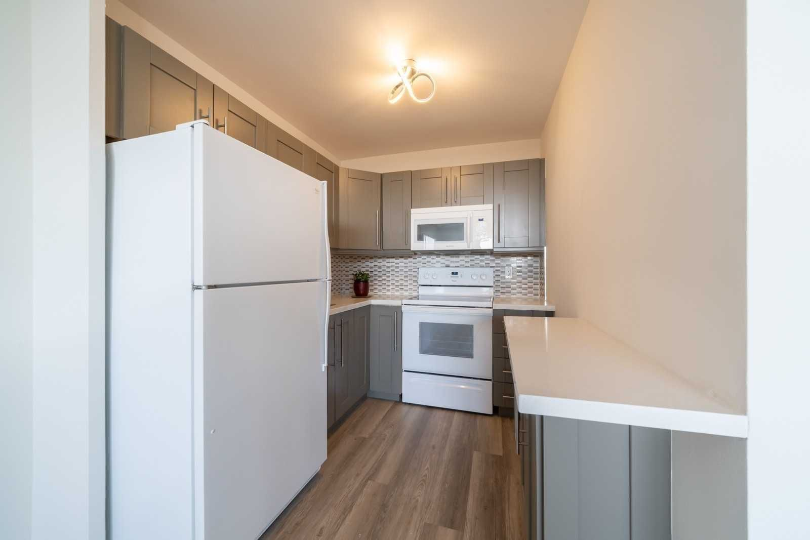 40 Homewood Ave, unit 1810 for rent in Toronto - image #1