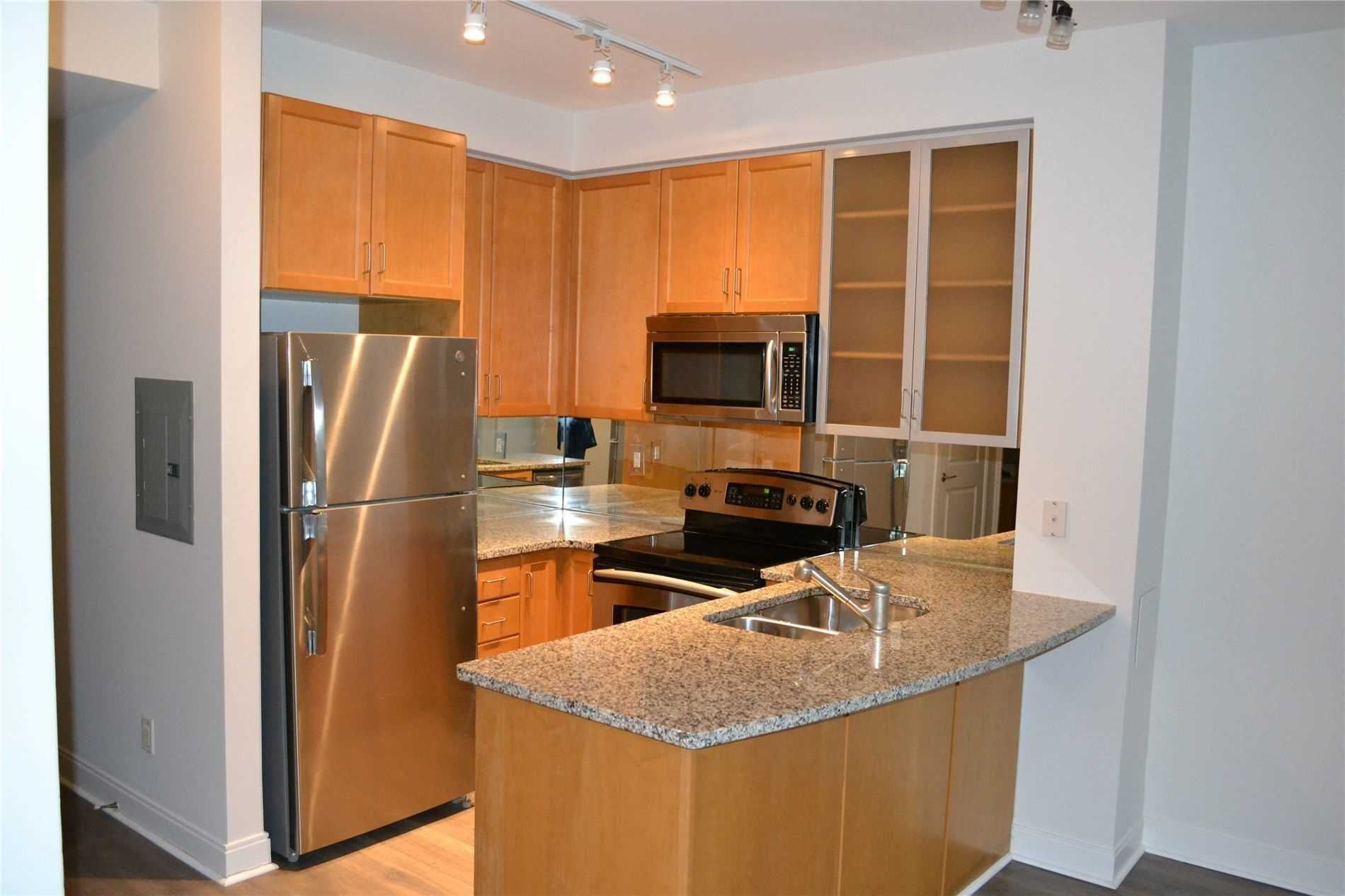 18 Yorkville Ave, unit 205 for rent in Toronto - image #1