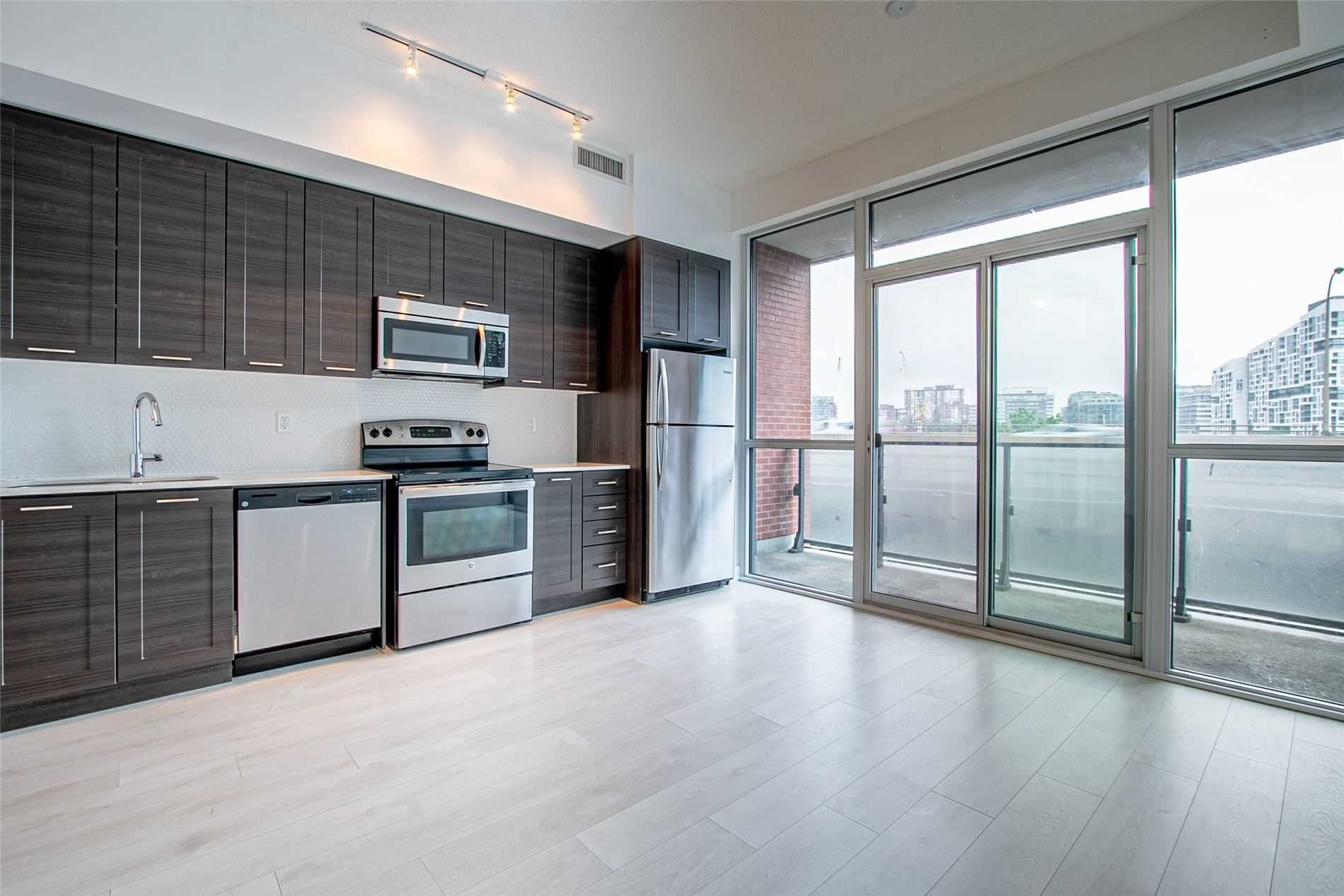 50 Bruyeres  Mews, unit 708 for rent in Toronto - image #2