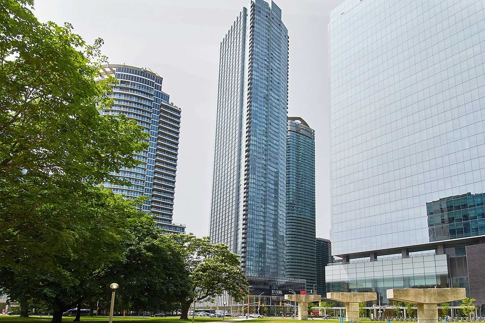 10 York St, unit 3712 for sale in Toronto - image #1