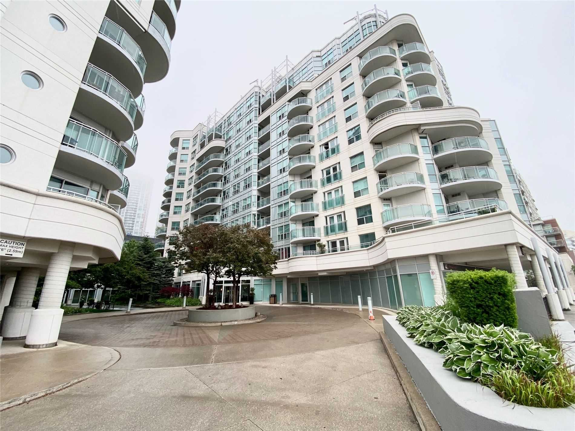 600 Queens Quay Ave W, unit 803 for rent in Toronto - image #1