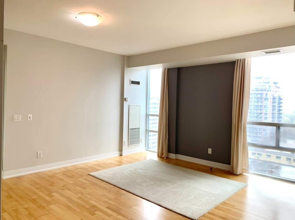 88 Broadway Ave, unit 1002 for rent in Toronto - image #2