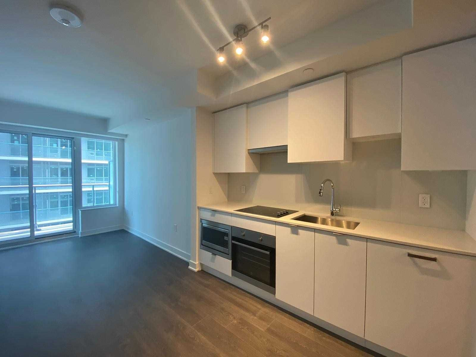 99 Broadway Ave, unit 2007 Nt for rent in Toronto - image #2