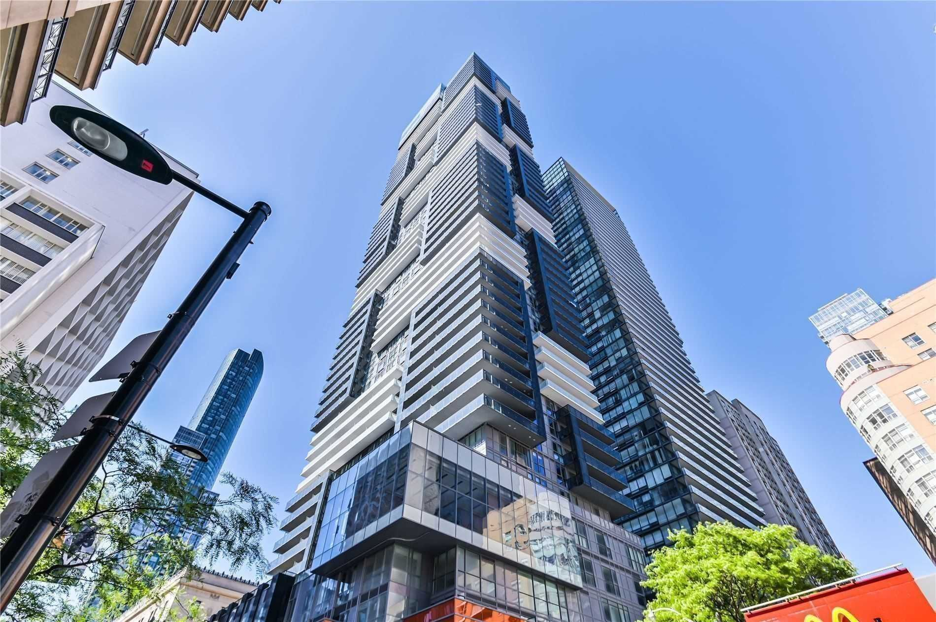 7 Grenville St, unit 2903 for rent in Toronto - image #1
