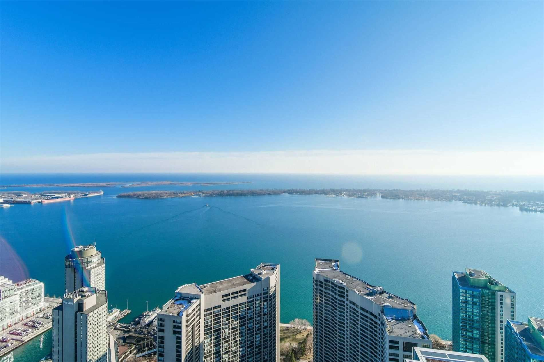 88 Harbour St, unit 6610 for rent in Toronto - image #1