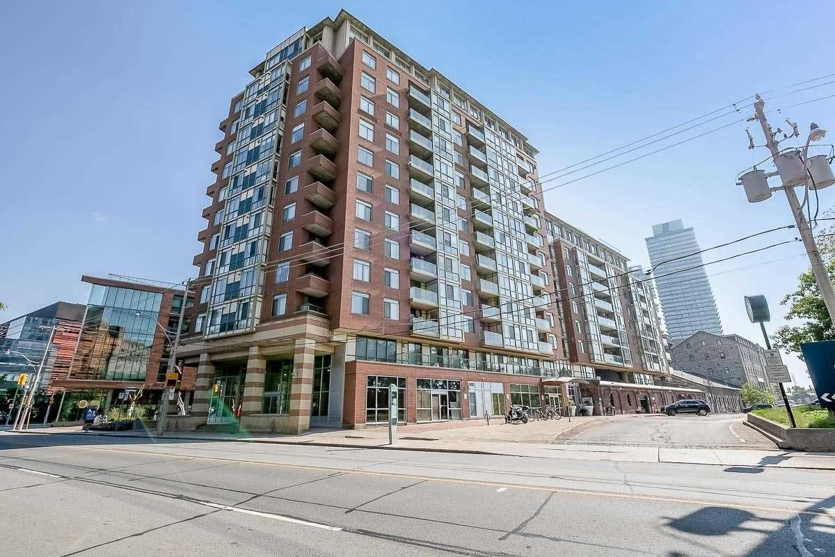 39 Parliament St, unit 1002 for sale in Toronto - image #1