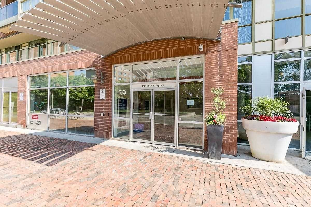 39 Parliament St, unit 1002 for sale in Toronto - image #2
