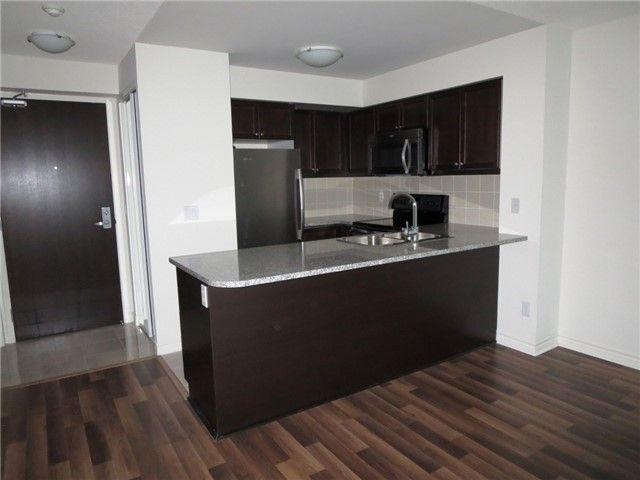 19 Grand Trunk Cres, unit 2305 for rent in Toronto - image #2