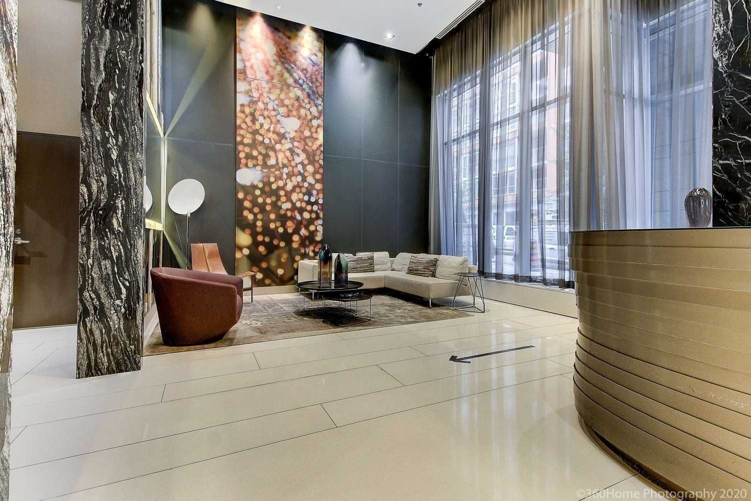 30 Nelson St, unit 701 for rent in Toronto - image #2