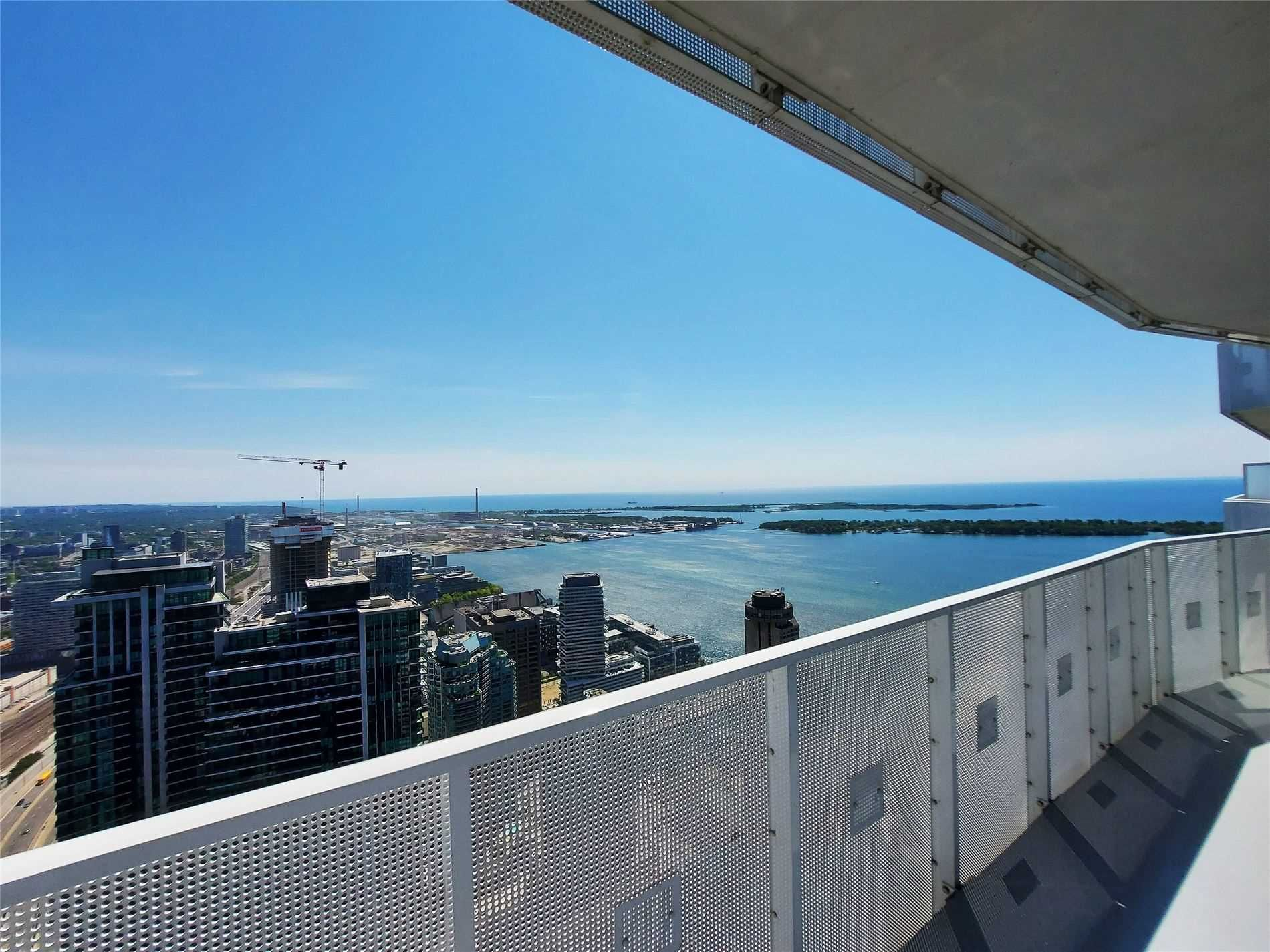 88 Harbour St, unit 6304 for rent in Toronto - image #1