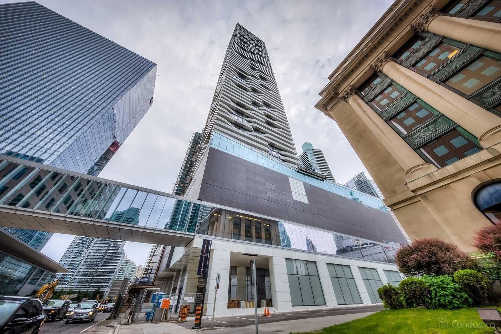 88 Harbour St, unit 6304 for rent in Toronto - image #2