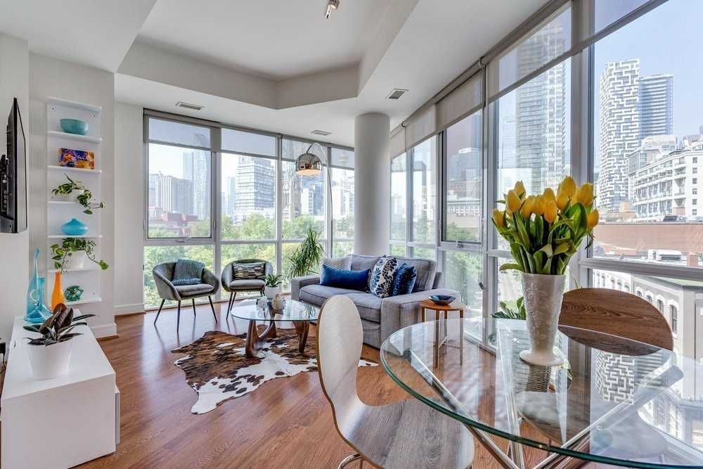 112 George St, unit S530 for sale in Toronto - image #1
