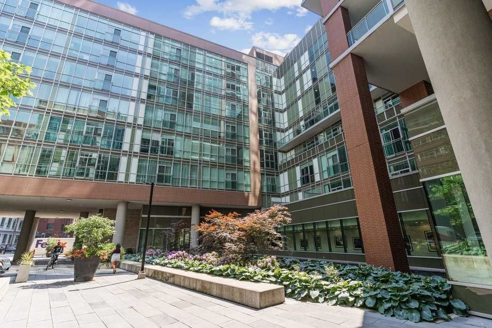 112 George St, unit S530 for sale in Toronto - image #2