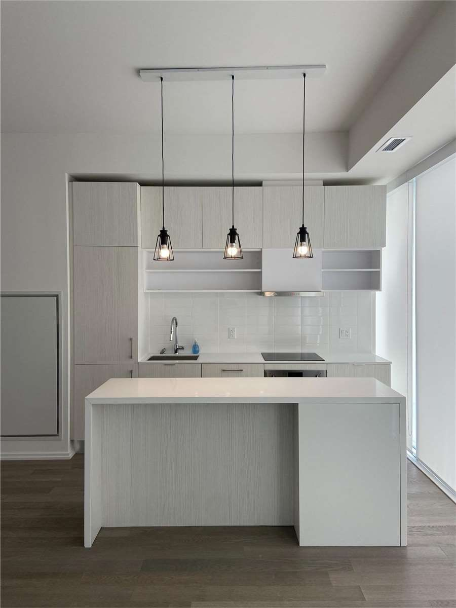 5 Soudan Ave, unit 1014 for rent in Toronto - image #1